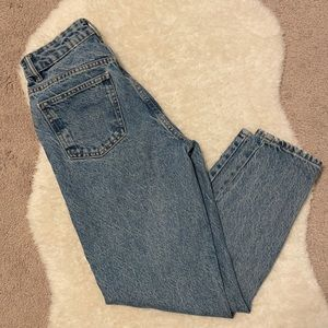 Zara mom jeans size 2 medium/light wash
